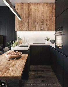 The 50 BEST BLACK KITCHENS - kitchen trends you need to see. It is no secret, in the design world, that dark kitchens are all the rage right now! Black kitchens have been popping up left and right and we are all for it, well I am anyways! Kitchen Inspirations, House Interior, Small Kitchen, Home Kitchens, Kitchen Design Small, Kitchen Remodel, Trendy Kitchen, Stylish Kitchen, Interior Design Kitchen Small