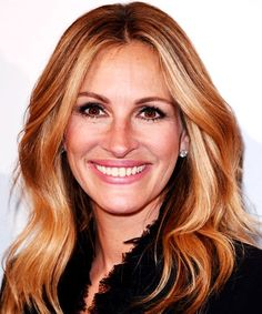 Julia Roberts, how could you leave this extravagantly gorgeous NYC apartment?!