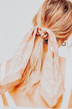 Scarf Hairstyles, Pretty Hairstyles, Easy Hairstyles, Hair Inspo, Hair Inspiration, Scrunchies, Aesthetic Hair, Peach Aesthetic, Summer Aesthetic