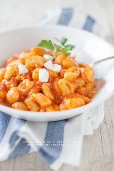 Trattoria da Martina - cucina tradizionale, regionale ed etnica: Gnocchi all'acqua al pomodoro e mozzarella | trattoriadamartina |
