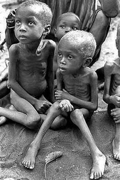 Imágenes de la guerra de Biafra.- El Muni.