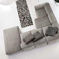 Hi, I'm a sofa, my name is Peanut B and I'm the king of comfort. Full stop.