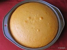 Eggless Yellow Sponge Cake -- try subbing dry pudding mix for custard powder? Eggless Desserts, Eggless Recipes, Eggless Baking, Cooking Recipes, Baking Flour, Baking Soda, Pear And Almond Cake, Almond Cakes, Food Cakes