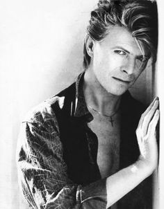 David Bowie. On my list of people I'd like to photograph someday. One of the most interesting and unique faces, ever....