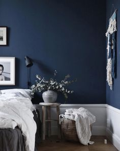 House Navy Blue Bedroom Ideas Navy Blue Master Bedroom Navy Blue Room Black Mold Removal – Can You D Dark Blue Bedroom Walls, Navy Blue Rooms, Blue Master Bedroom, Dark Blue Walls, Bedroom Black, Bedroom Colors, Bedroom Decor, Bedroom Ideas, White Walls