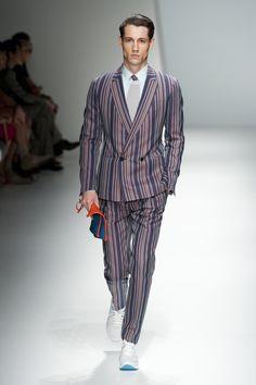 Salvatore Ferragamo summer2013: The stripes!!  Very nice!  XD