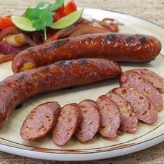 Smoky, cheesy and with just the right amount of heat to keep the palate awake, our Smoked Wild Boar Cheddar Jalapenowurst is mouthful – both to pronounce and to eat! This tasty sausage begins with premium wild boar, sourced from outside