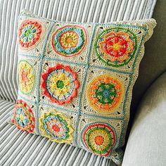 Circles of the Sun - Mystery CAL 2015 by Tatsiana Kupryianchyk - Free Crochet Pattern - Granny Squares