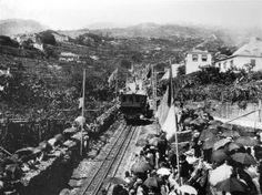 """""""16 de Julho de 1893. Instantes iniciais da inauguração do primeiro troço do Caminho de Ferro do Monte"""