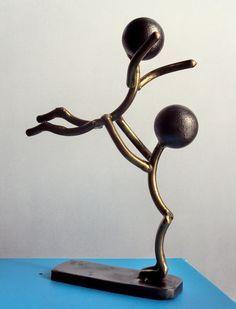 Deko und Ideen Ballet dancers by metalmorphoses Does Genes Influence Child Behaviour? Metal Sculpture Artists, Steel Sculpture, Bronze Sculpture, Sculpture Ideas, Welding Art Projects, Metal Art Projects, Welding Crafts, Diy Projects, Metal Tree Wall Art