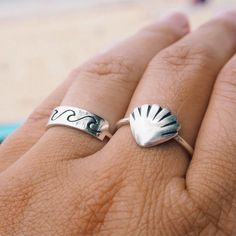Carry a piece of beach life with you wherever you go! Details:925 sterling silver and can be use every day.Every piece is handmade so shape may be a little diff