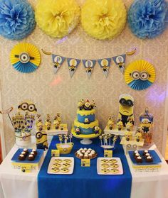 Minion Despicable Me birthday party! See more party planning ideas at !Amazing Minion Despicable Me birthday party! See more party planning ideas at ! Minions Birthday Theme, Minion Party Theme, Despicable Me Party, Minions Despicable Me, 4th Birthday Parties, Boy Birthday, Bday Party Ideas, Birthday Table, Party Party