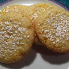 On a trip to Finland earlier this year, I realized that the food that had surrounded me as a child was Scandinavian. One of my favorite cookies from this region is a delicate Norwegian butter cooki… Bakery Recipes, Cookie Recipes, Dessert Recipes, Desserts, Norwegian Butter Cookies Recipe, Swedish Recipes, Norwegian Recipes, Danish Cookies, Risotto