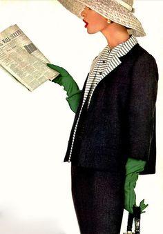 Fashion photo by Richard Avedon, 1955
