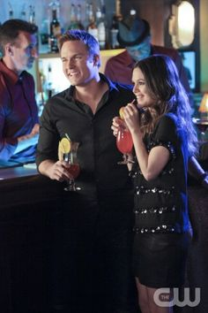"""Destiny and Denial"" - Pictured (L-R): Scott Porter as George and Rachel Bilson as Dr. Zoe Hart in HART OF DIXIE on THE CW. Photo: Adam Taylor/The CW ©2012 The CW Network. All Rights Reserved."