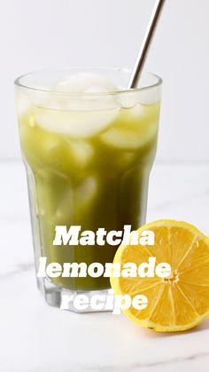This Matcha Lemonade sounds super refreshing! Smoothies, Juice Smoothie, Smoothie Drinks, Smoothie Recipes, Matcha Smoothie, Matcha Lemonade Recipe, Matcha Drink, Refreshing Drinks, Summer Drinks