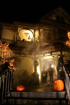 Awesome Halloween porch