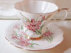 Hey, I found this really awesome Etsy listing at https://www.etsy.com/listing/217880384/1950s-royal-albert-bone-china-tea