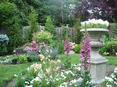 Create a garden/yard like this!