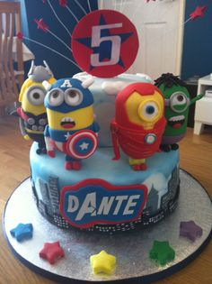 Avengers minion cake 2