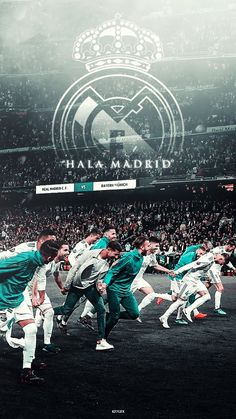 Real Madrid has won AT THE SAME SEASON in the house of FOUR champions of the 5 major leagues for the FIRST TIME in ALL their history: at the Camp Nou (Supercopa Spain) at the Parc des Princes 0 at Juventus Stadium and at the Allianz Arena. Real Madrid Cr7, Real Madrid Logo, Real Madrid Players, Camisa Manchester United, Real Madrid Manchester United, Real Madrid Wallpapers, Sports Wallpapers, Camp Nou, Real Madrid Champions League