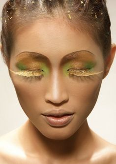 Golden makeup with jade accents, reminds me of Jinafire and faceups I could do on her!