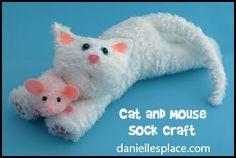 Gato y ratón del calcetín del arte para los niños www.daniellesplace.com