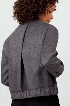 Crazy Outfits, Casual Outfits, Look Casual Otoño, Corporate Women, Wool Bomber Jacket, Latest Fashion For Women, Womens Fashion, Inspiration Mode, Fashion Sewing