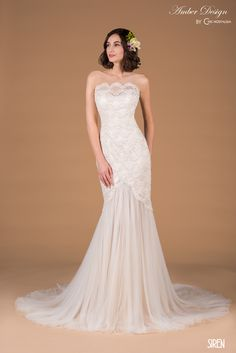43bb146af2dc3 Chic Nostalgia was founded in 2009 with the romantic and bohemian bride in  mind.