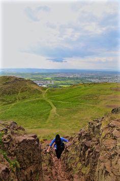Wendy Summits Arthur's Seat, Edinburgh, Scotland, UK, Photography, Nature, Climbing, Rock, Canon, EOS, Photography