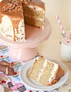 PEANUT BUTTER BUTTERFINGER BLIZZARD CAKE