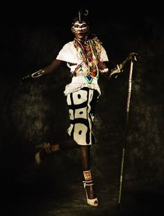 Our friends from Herring & Herring shared with us an amazing Tribal shoot for the latest D Mode magazine, without a doubt we can say this is the best interpretation of a tribal theme in a fashion editorial to date.