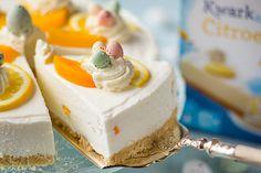 Vrolijke Paastaart met citroen en perzik - oetker taart 04. Cookie Pie, Cupcakes, Vanilla Cake, Cheesecake, Easter, Cookies, Snacks, Desserts, Recipes