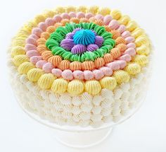This cake could not be easier! Just dollop and go!