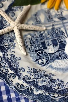 English blue transferware 'Coach'