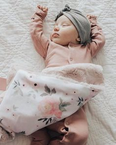 ❤❤♥For More You Can Follow On Insta @love_ushi OR Pinterest @anamsiddiqui12294 ♥❤❤ #BabygirlOveralls