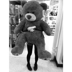 from the story Imagines e Preferencias (Magcon Boys) by (Bia baby Mendes with reads. Giant Teddy, Big Teddy, Teddy Girl, Human Size Teddy Bear, Buy Teddy Bear, Teddy Bears, Baby Bears, Panda Love, Cute Panda