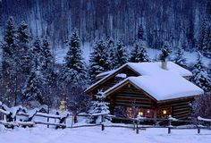 Browse A Wide Collection of Customized #KashmirWinterPackages for #FamilyTour, #Honeymoon, #Wildlife & #Pilgrimage @ KashmirHills.com. Book Now Online!