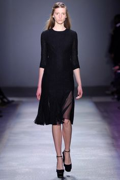 Giambattista Valli Fall 2012 Ready-to-Wear - Collection - Gallery - Style.com