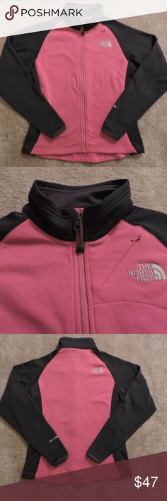 THE NORTH FACE TKA STRETCH JACKET ~ XS ~ POPULAR!! THE NORTH FACE TKA STRETCH JACKET ~ size XS Embroidered logo on the front and back Sleeve has embroidered detail Soft inside fleece fabric Good condition The North Face Jackets & Coats