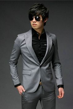 The suit: mens fashion history - vintage dancer British and americans had different opinions on mens suits during the Mens Fashion Suits, Mens Suits, Superman Suit, Suits Korean, Moda Formal, Outfits Hombre, Formal Suits, Dapper Men, Korea Fashion