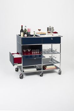 USM bar cart #barcart #bartrolley #cocktail #drink #bartender #mixologist #drinks #barfurniture #furniture #usmmakeityours #usmhaller