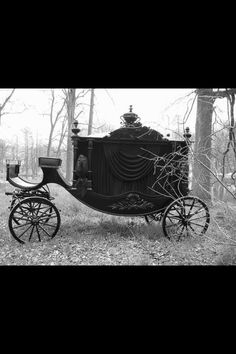 Funeral coach. -Heritage Funeral Homes, Crematory and Memorial Parks, Arizona