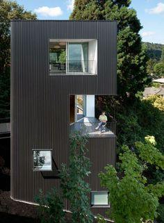 tower house by benjamin waechter architect