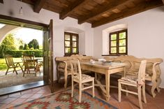Szigliget - Nyaraló - Vidéki hangulat Mexican Style Homes, Oak Frame House, Beautiful Dining Rooms, Hacienda Style, Outdoor Seating Areas, Village Houses, Dream Rooms, Home Remodeling, Building A House