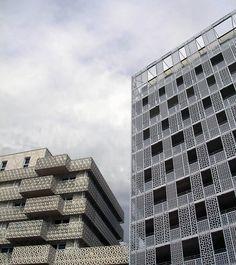 revestimiento celos a de policarbonato madrid fachada policarbonato madrid residencial na a. Black Bedroom Furniture Sets. Home Design Ideas