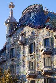 Gaudi's Fish Scales