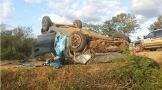Três homens morrem em capotamento na MG-161, em São Francisco no Norte de Minas