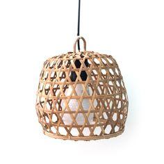 Lamp gevlochten #lighting #pendant http://www.nanaas.nl/a-38721587/nieuw/lamp-gevlochten/