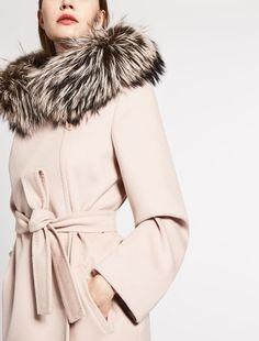 Max Mara MANGO taback: Mantel aus reiner Wolle.